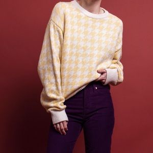 Vintage 90s yellow white houndstooth crewneck